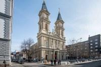 Architekti změní okolí katedrály