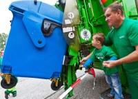 OZO zve na skládku a do kompostárny