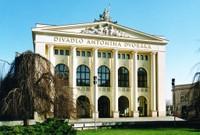 DivadloADvoraka.jpg
