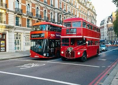 Dvoupatrové autobusy budou atrakcí