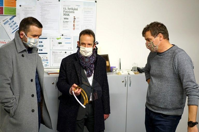 Informace pro lékaře – poskytování ochranných štítů