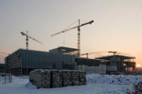 Výstavba obchodně.zábavního centra pokračuje