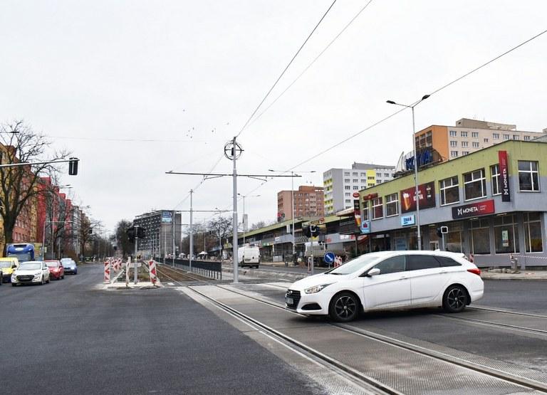 Křižovatka u Kotvy je po modernizaci již plně průjezdná