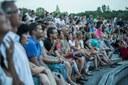 Mezi diváky je o festival obrovský zájem.