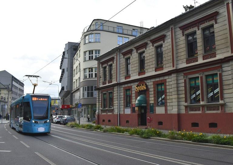 Město prodá legendární Spolek, Ostravané však o oblíbenou restauraci nepřijdou