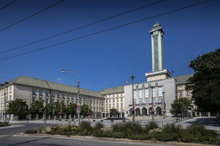 Nová radnice slaví 90 let