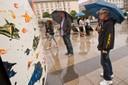 Vernisáž na náměstí zkrápěl hustý déšť