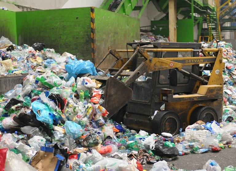 Odborníci zvou na besedu o problematice odpadu, jeho vzniku a zpracování