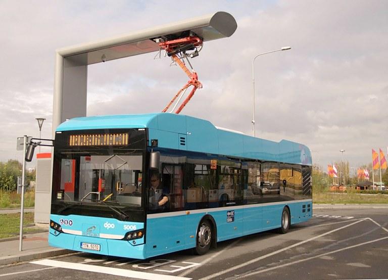 Ostravou jezdí elektrobus s ultrarychlým dobíjením