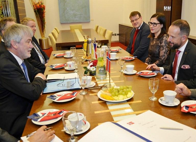 Primátor a norský velvyslanec se účastní workshopu zaměřeného na chytrá města