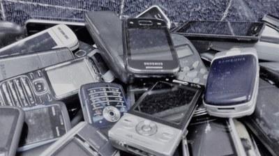 Vysloužilé mobily pomohly i nemocným dětem
