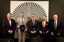 Memorandum podepsali ministr kultury Lubomír Zaorálek, hejtman Ivo Vondrák, primátor Tomáš Macura, Jiří Michálek za DOV a Jan Světlík.