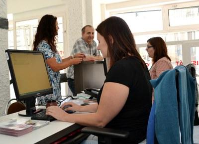 Žadatelům o kotlíkovou dotaci poradí pracovníci v nově otevřeném infopointu