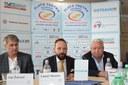 Jan Železný, Tomáš Macura a šéf České sportovní Miroslav Černošek představili další hvězdy mítinku Zlatá Tretra.