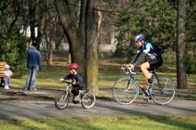 cyklisti_1
