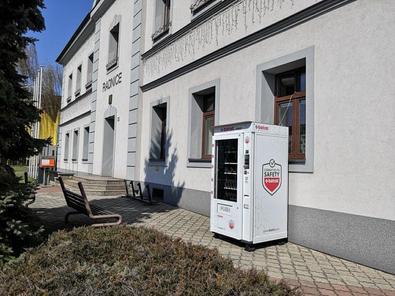 Face mask vending machines in Ostrava