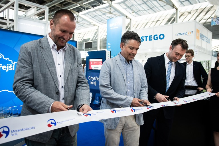 Moravian-Silesian Region and the City of Ostrava are introducing smart technologies